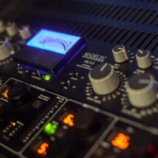 Virus T Studio, l'etichetta discografica che ha pubblicato artisti internazionali tra i più famosi nel mondo dell'EDM